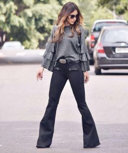 Flare Preta Jeans Feminina