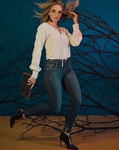 Calça Jeans Skinny Feminina com Ilhós