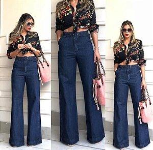 Calça Jeans Flare Feminina com Cinto