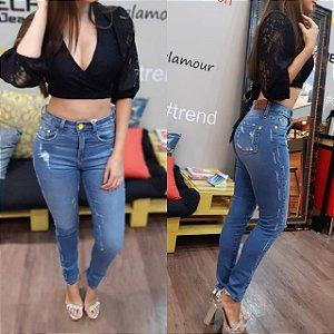 Calça Skinny Jeans Botão Fluor