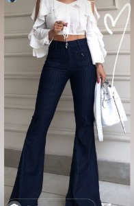 Calça Jeans Flare Alfaiataria Feminina