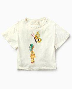 Camiseta Nina e a Borboleta