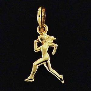 Pingente Corredora Mini Folheado em ouro 18k