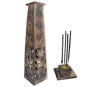 Incensário torre de madeira com folhas entalhadas Obelisco peruano