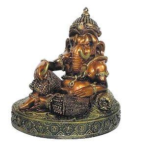 Ganesha com pintura esmaltada estatua