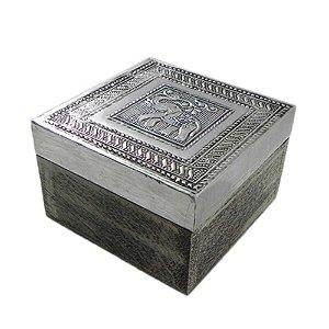 Caixa de madeira e alumínio