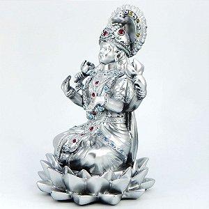 Lakshmi na flor de lótus