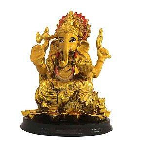 Ganesha Dourado Com Colar Colorido