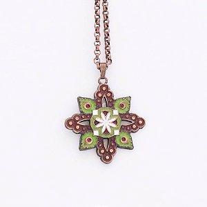 Gargantilha Mandala formato de flor banhado a cobre