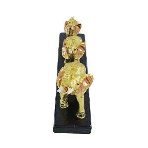 Trio de Elefantes Dourados