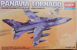 Panavia Tornado - escala 1/144 - Academy