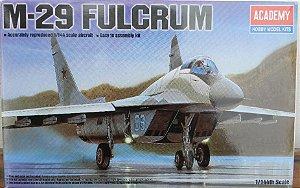 M-29 Fulcrum - escala 1/144 - Academy