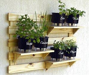 Horta  Vertical Auto-Irrigável - treliça (60x100) + 6 Vasos Linha Gourmet Preto + 3 prateleiras
