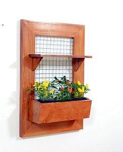 Horta na Vertical de Madeira Envernizada com 01 Prateleira e 01 Vaso