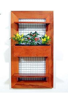 Horta na Vertical de Madeira Envernizada com 02 Prateleiras e 01 Vaso