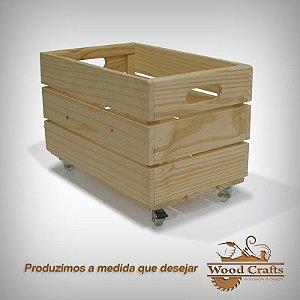 Caixote de Madeira com Rodízios