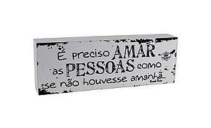 Madeirinha - É Preciso Amar As Pessoas Como Se Não Houvesse Amanhã