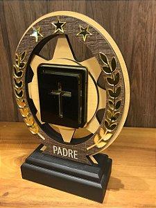 Troféu Madeira MDF Cursos - Padre