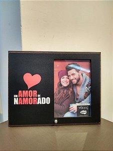 Porta Retrato MFD/Tecido - Um amor de namorado!