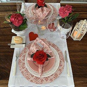 Capa de Sousplat Arabesco Rosa com Rosé
