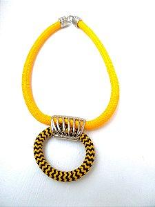 Colar de Corda Pingente Argola de Corda (Amarelo e Mesclado em Preto)