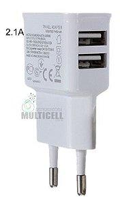 FONTE TOMADA PAREDE USB CZK MODELO SAMSUNG BRANCA 5W 2.0A (DUAS SAIDAS)