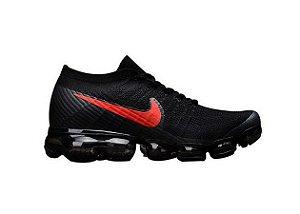 Tênis Nike Air Max VaporMax Flyknit - Preto e Vermalho