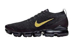 Tênis Nike Air Max Vapormax 3 - Preto e Dourado