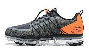 Tênis Nike Vapormax Utility - Cinza e Laranja