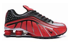 Tênis Nike Shox R4 - Vermelho e Prata