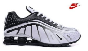 Tênis Nike Shox R4 - Branco e Cinza
