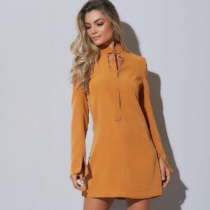 Vestido montaria mostarda