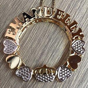 Mandala 3 cm - Personalizada com nomes, corações e coroa.