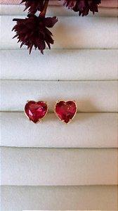 Brinco Coração Com Pedra Rubi