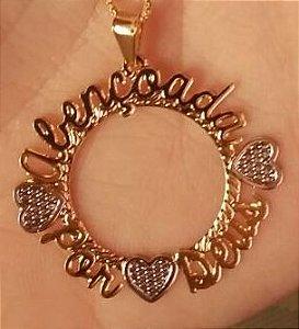 Mandala 3cm - simples personalizada com letra cursiva e corações.