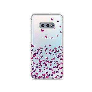 Capa para Galaxy S10e - Borboletas Flutuantes