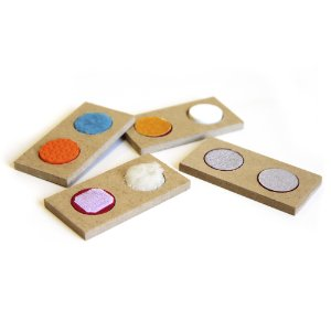 Braille domino de texturas - MDF - 28 pc - Cx. mad.