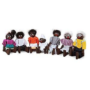 Brinquedo Educativo Familia Terapeutica Negra Mdf 7 Personagens - CARLU