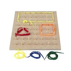 Brinquedo Educativo Geoplano 56 Pinos Com Cadarços - CARLU