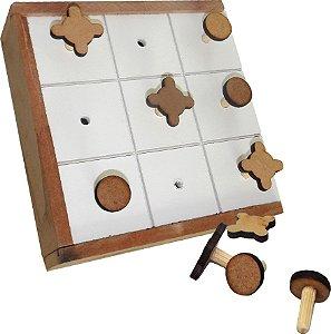 Brinquedo Educativo Jogo Da Velha Adaptado Estojo Em MDF - FUNDAMENTAL