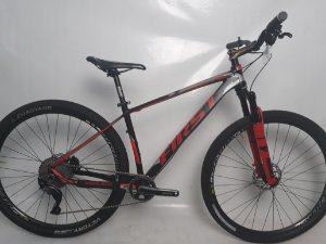 Bike Aro 29 First Athymus 11 Vel. Tam. 17.5 Seminovo