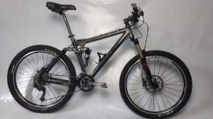 Bike aro 26 Sundown Full FS3 27V Tam. 18 Seminovo