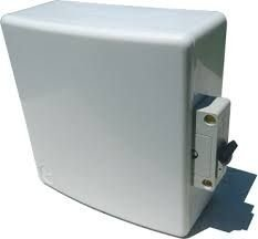 Caixa De Distribuição Com Tampa e Uma Tomada 20 Amperes Para Ar Condicionado