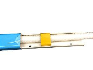 Fixação regulável de tubos dentro da canaleta 60