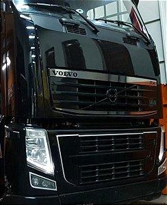 Aplique Inox Grade Superior Volvo FH até 2014 (Kit 2 peças)