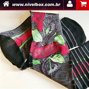 Meia cano Médio - Desenho Crossfit Cobras Rosas