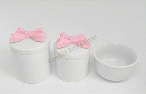 Kit Higiene Bebê  Porcelana | Laço Rosa em Resina| 3 peças