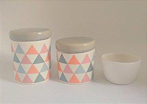 LIQUIDAÇÃO Kit Higiene Bebê Cerâmica - Geométrico - Bandeirinhas - 3 peças