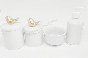 Kit Higiene Bebê Porcelana  Pássaro Dourado Médio   4 Peças