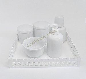 Kit Higiene Bebê Porcelana com Moringa 350 ml e Bandeja MDF